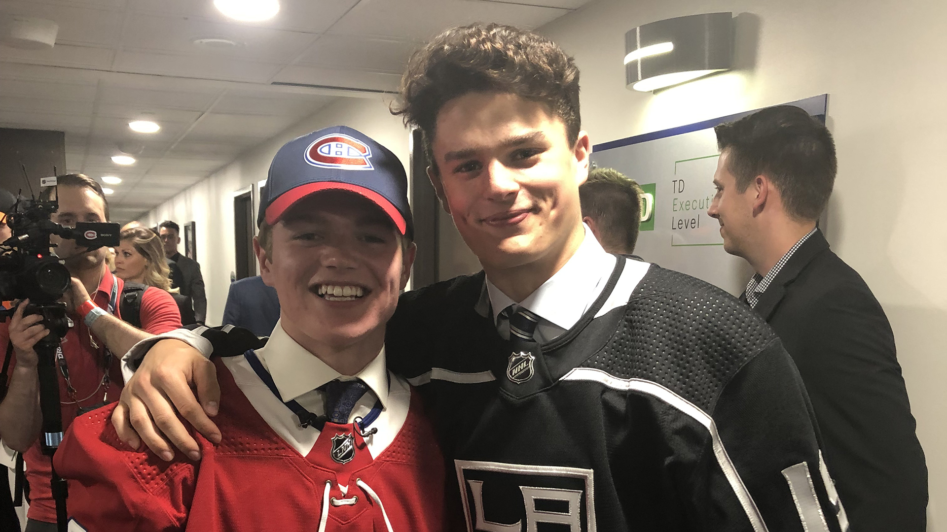 Turcotte, Caufield picked in top 15 of NHL draft
