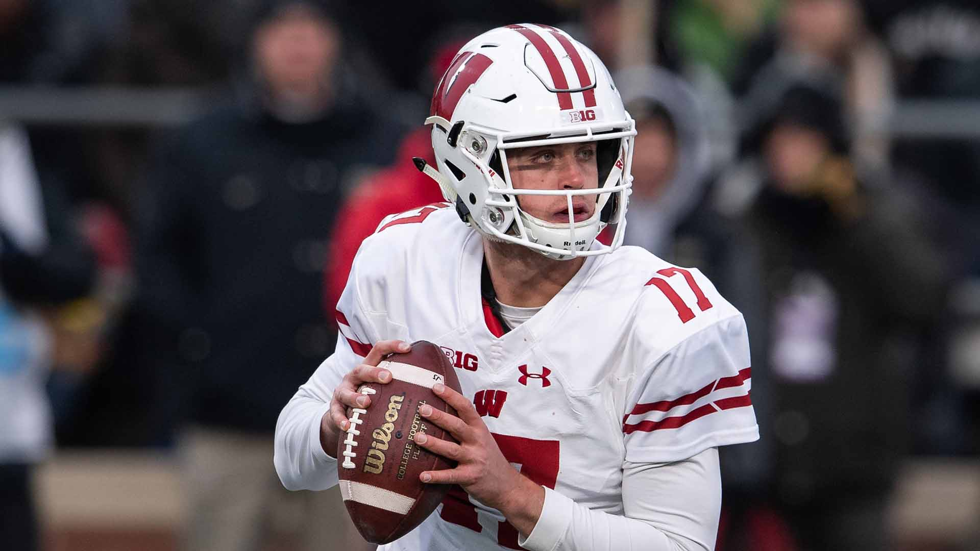Jack Coan Is Embracing The Challenge As Qb1 For The Badgers